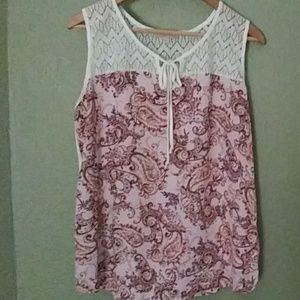 Very Cute Sleeveless Blouse!